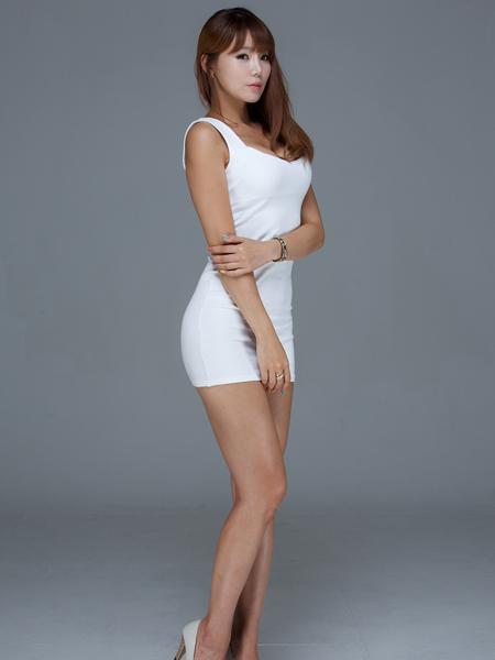 Maxim clothing online